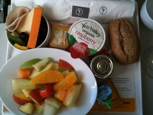 LHR to FRA Breakfast